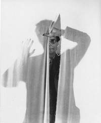 Aldous Huxley fotografato da Cecil Beaton